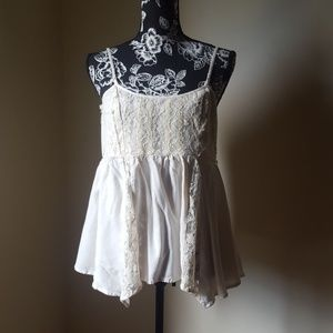 American Eagle ♥️Outfitters Cream Color Lace Top